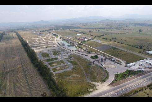 """Desarrollo Habitacional """"El Faro de los Cisnes"""""""
